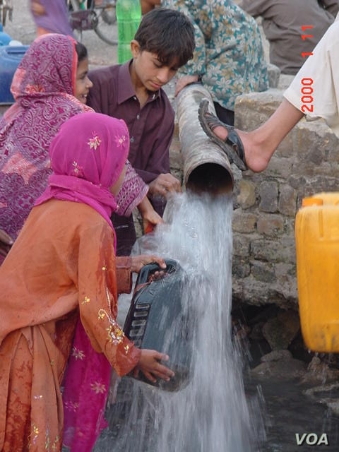 Tens of thousands of legal and illegal tube wells are threatening critical water reserves in the areas around Quetta. (Ayaz Gul for VOA News)