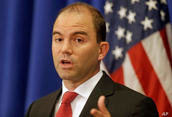 White House Deputy National Security advisor Ben Rhodes speaks to reporters during a press briefing, Aug. 22, 2014, in Edgartown, Massachusetts.