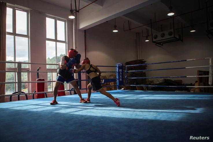 Huang Wensi in action during her final training session in Ningbo, Zhejiang province, China, before she heads to Taiwan for her Asia Female Continental Super Flyweight Championship match, Sept. 22, 2018.