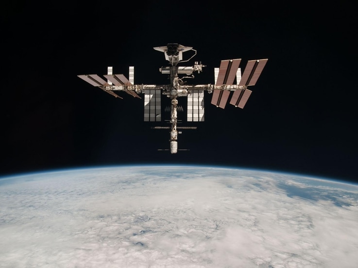 This image of the International Space Station with the docked Europe's ATV /Johannes Kepler/ and Space Shuttle /Endeavour/ was taken by Expedition 27 crew member Paolo Nespoli from the Soyuz TMA-20 following its undocking on 24 May 2011. The pictures