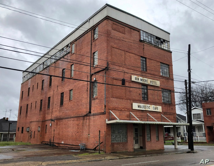 "The old Ben Moore Hotel, once mentioned in the ""Green Book"" for black travelers, in Montgomery, Ala., Feb. 12, 2019. The movie ""Green Book"" has spurred interest in the real guidebook that helped black travelers navigate segregated America. The hotel,..."