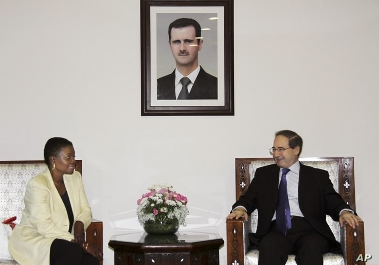 UN Under-Secretary-General for Humanitarian Affairs and Emergency Relief Coordinator, Valerie Amos, meets with Faisal Mekdad Syrian Ambassador to UN, during a press conference in Damascus, Syria,  August 14, 2012.