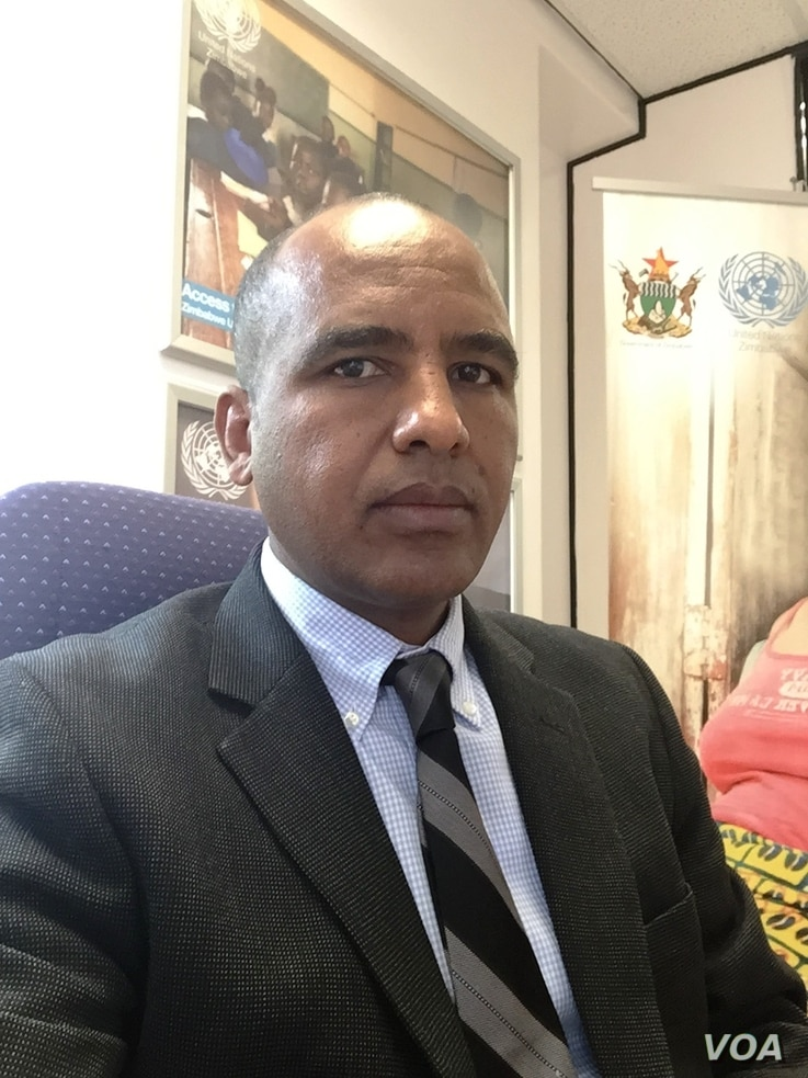 "Sirak Gebrehiwot, U.N. spokesman in Zimbabwe, says the cholera situation in the southern African nation is now ""very dire"" and that U.N. agencies have moved in to try to stabilize the situation. (C. Mavhunga/VOA)"