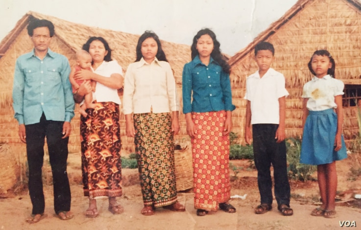 The Mells posed for a family photo in Thailand's Khao I Dang refugee camp. (Courtesy of Sameth Mell)