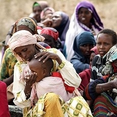 Somali women often leave camps in search of food.