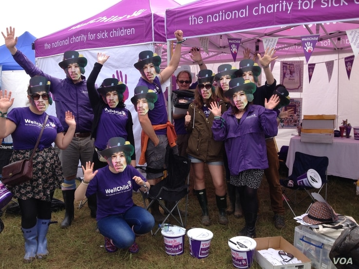 WellChild sponsored an event at the 2015 Isle of Wight Festival, to try and get as many people as possible to don Jimi Hendrix masks to break a record. (Courtesy: WellChild)
