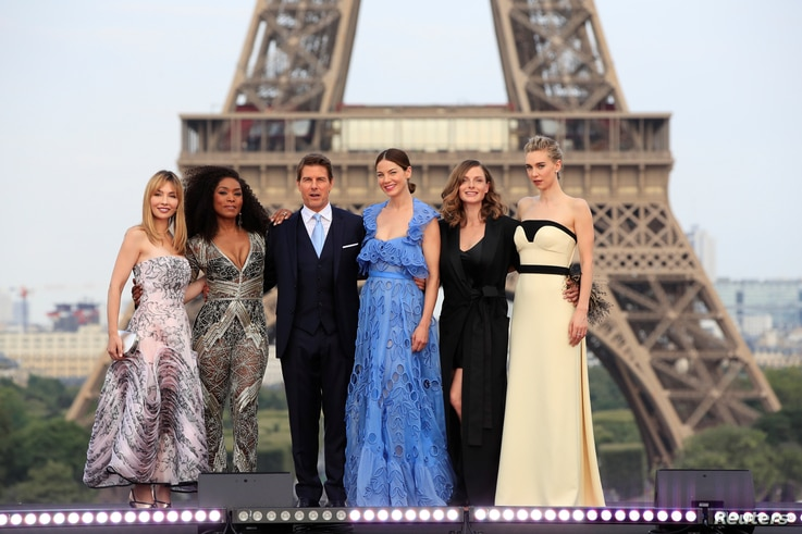 "Cast members Tom Cruise, Alix Benezech, Angela Bassett, Michelle Monaghan, Rebecca Ferguson and  Vanessa Kirby pose during the world premiere of the film ""Mission: Impossible - Fallout"" in Paris, July 12, 2018."