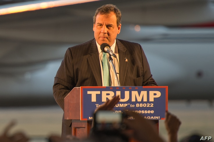New Jersey Governor Chris Christie  campaigns for Republican presidential candidate Donald Trump (out of frame) during a Trump rally at Millington Regional Jetport in Millington, Tennessee, Feb.27, 2016.