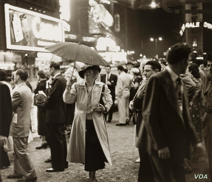 Louis Faurer's street scenes highlighted the energy of New York City's nightlife and the people reveling in its magic.
