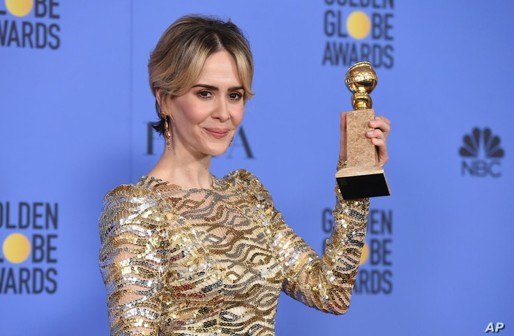 "Sarah Paulson poses in the press room with the award for best performance by an actress in a limited series or a motion picture made for television for ""The People v. O.J. Simpson: American Crime Story"" at the 74th annual Golden Globe Awards at the B..."