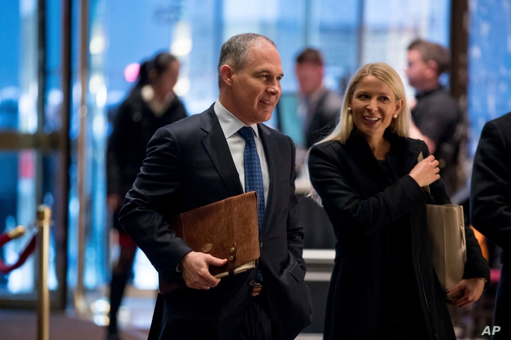 Oklahoma Attorney General Scott Pruitt arrives at Trump Tower in New York, Dec. 7, 2016. Pruitt has been picked by President-elect Donald Trump to lead the Environmental Protection Agency.