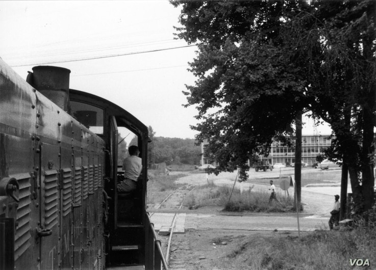 River Road was a popular trail, dating back to the Seneca Indian Trail. By the turn of the 20th century, transportation options came along, like the train in 1956.