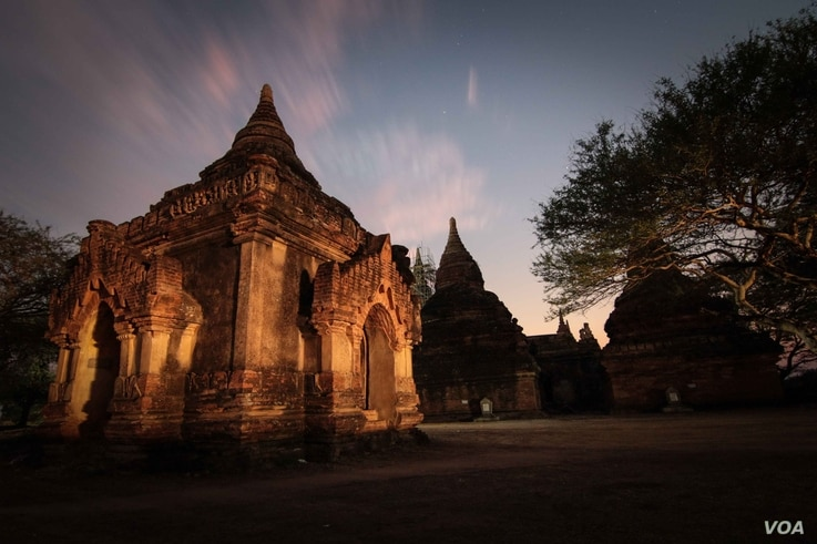 There are more than 2000 monuments in Bagan, with many dating back more than a millennia. (Photo: John Owens for VOA)