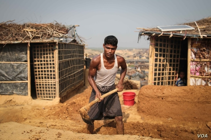 Building work continues in the newest part of Kutapalong camp. Mosques, schools and homes are constructed daily.