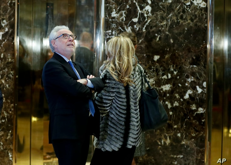 CNN Anchor Wolf Blitzer waits for an elevator at Trump Tower, Nov. 21, 2016 in New York.