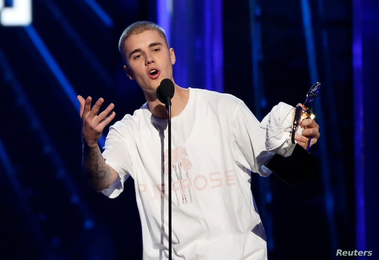 Justin Bieber accepts the award for Top Male Artist at the 2016 Billboard Awards in Las Vegas, Nevada.