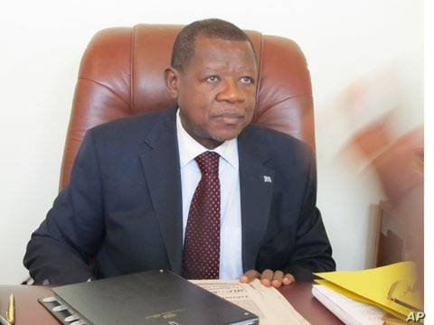 DRC Communication minister and government spokesman, Lambert Mende (file photo)