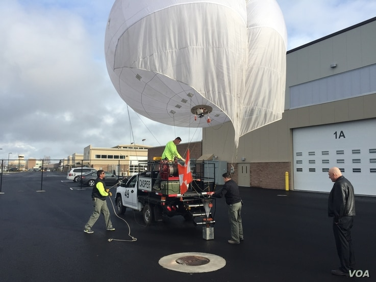 With the dry ice spreader loaded, CASPER is ready to be launched.