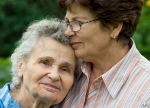 People can learn to recognize Alzheimer's early symptoms