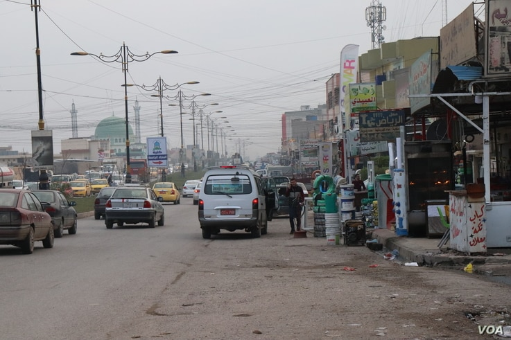 Some parts of Mosul, Iraq, appear fully recovered, with businesses operating and services restored, Nov. 27, 2018. (H. Murdock/VOA)
