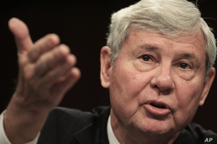 FILE - In this Dec. 11, 2008, file photo, former Florida Sen. Bob Graham testifies on Capitol Hill in Washington, before the Senate Homeland Security and Governmental Affairs Committee.
