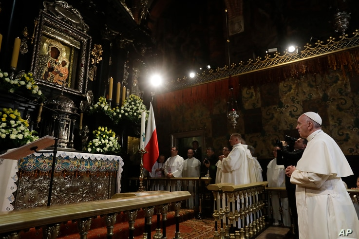 Pope Francis prays in front of the Black Madonna in the Jasna Gora' shrine in Czestochowa, Poland, Thursday, July 28, 2016. Pope Francis has prayed at the holiest Catholic site in Poland, kneeling in contemplation before the famed Black Madonna icon ...