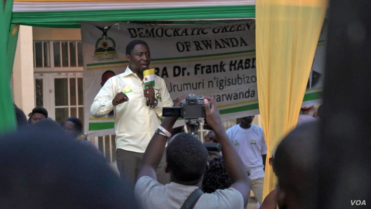 Opposition candidate Frank Habineza speaks at a political rally in the outskirts of Kigali. (Z. Baddorf for VOA)