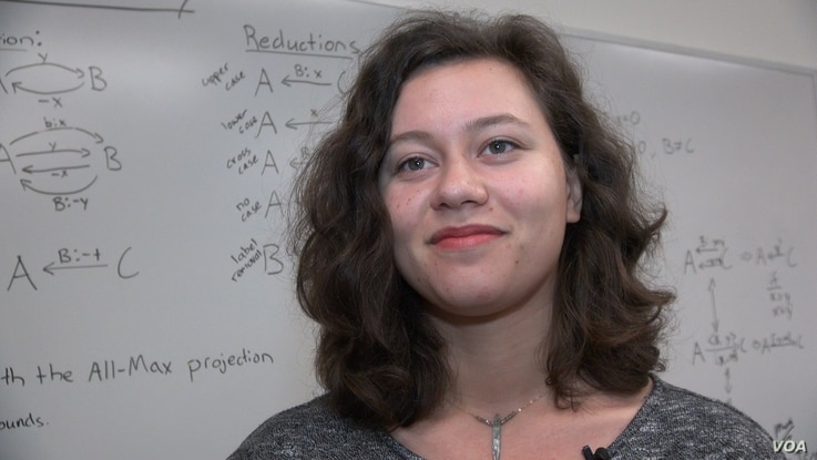 Emilia Reed, a senior at Harvey Mudd College majoring in computer science, specializes in creating apps that enhance the productivity of workers and students.
