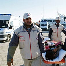 An injured man evacuated from the besieged Libyan city of Misrata, arrived in Sfax on an aid ship operated by charity Medecins Sans Frontieres Apr 4 2011