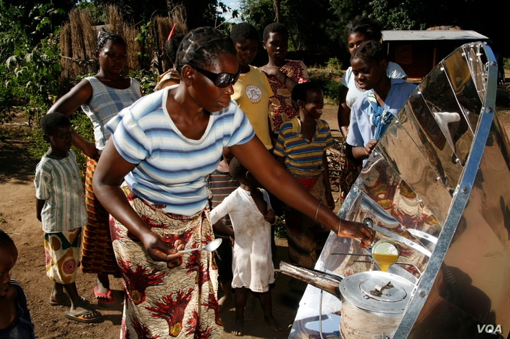 The solar cookers are now used by people who don't have electricity in 40 countries across Africa (Photo: Sunfire)
