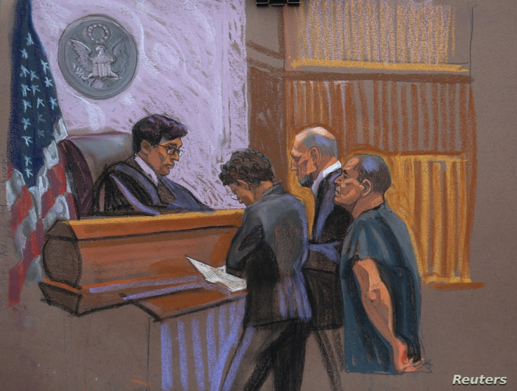 """Joaquin """"El Chapo"""" Guzman, right, and defense attorneys Michael Schneider, center right, and Michelle Gelernt are seen in this court sketch in the Brooklyn borough of New York City, Jan. 20, 2017."""