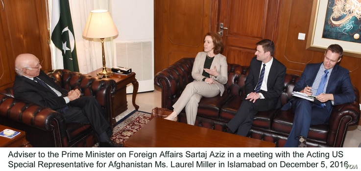 Adviser to the Prime Minister on Foreign Affairs Sartaj Aziz in a meeting with the Acting US Special Representative for Afghanistan Ms. Laurel Miller in Islamabad on December 5, 2016.