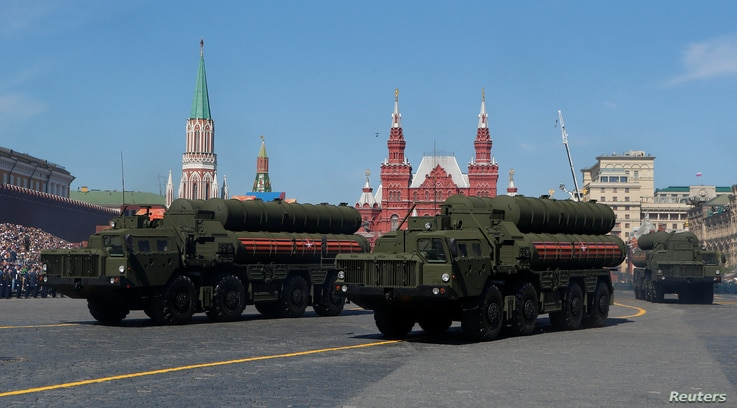Russian servicemen drive S-400 missile air defence systems during the Victory Day parade, marking the 73rd anniversary of the victory over Nazi Germany in World War Two, at Red Square in Moscow, Russia May 9, 2018.