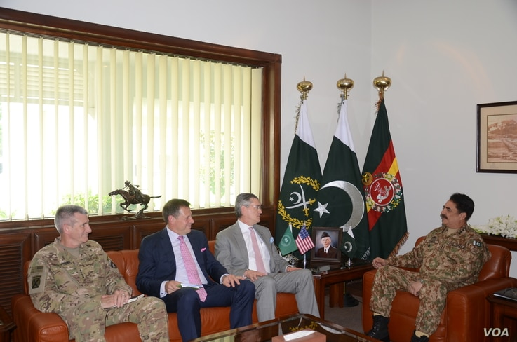 Senior U.S. officials meet with their counterparts in Pakistan, June 10, 2016. (Pakistan army photo)