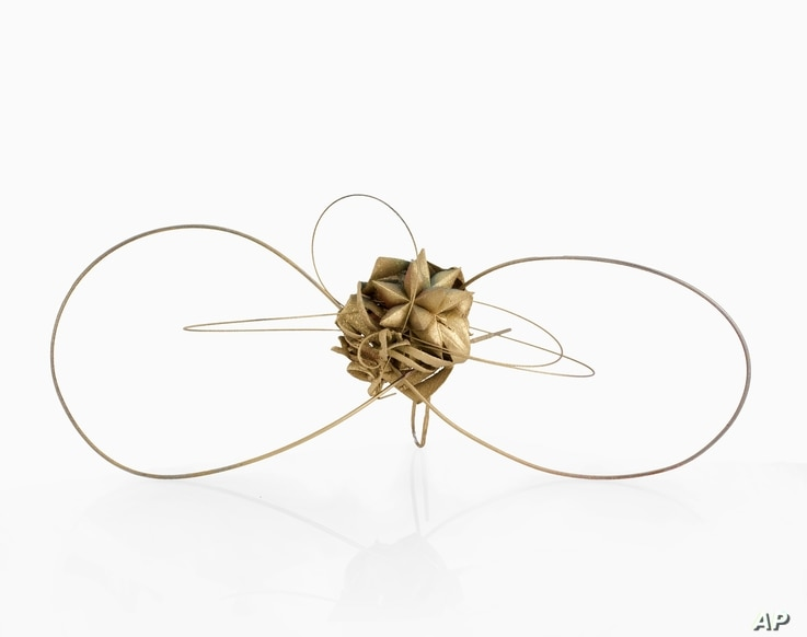 American artist Frank Stella gave this necklace to Diane Venet, who guest curated the jewelry show in New York.