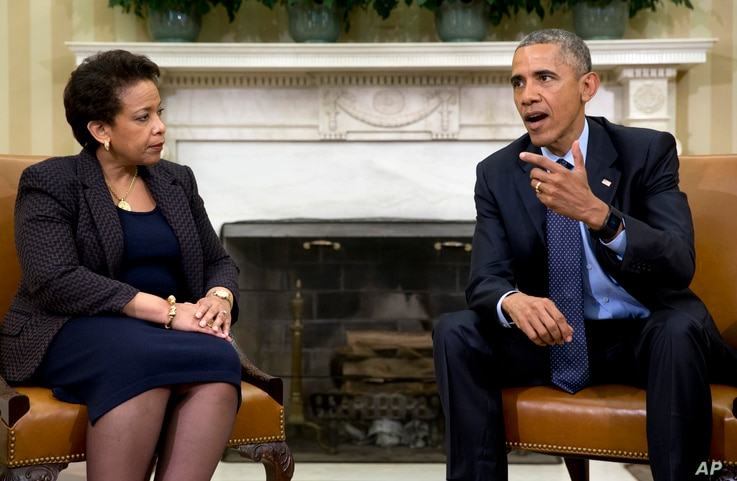 President Barack Obama meets with Attorney General Loretta Lynch in the Oval Office of the White House in Washington, May 29, 2015.