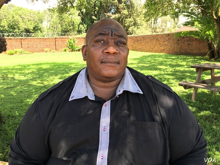 Raymond Majongwe, the secretary general of Progressive Teachers Union of Zimbabwe, believes it is time for President Robert Mugabe to step down. (Sebastian Mhofu/ VOA)