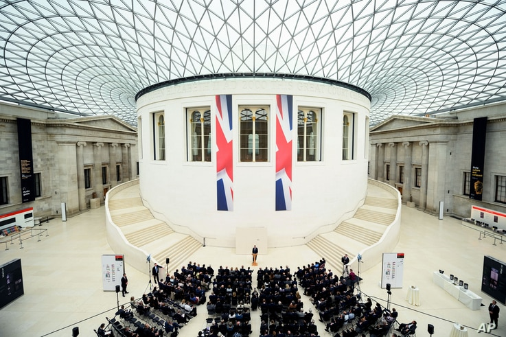 Britain's Prime Minister David Cameron delivers a speech on the European Union at the British Museum in central London, May 9, 2016.