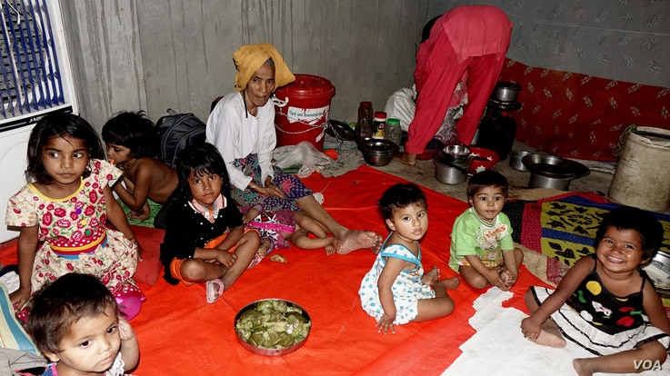 Some Rohingya women and children in an unidentified refugee colony in West Bengal, eastern India (April 2018). After their shanty colony in Haryana, north India, was set on fire by unidentified people earlier this year, around 350 Rohingya refugees f...