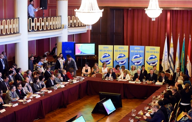 Health ministers attend the summit to address the spread of Zika virus in the region at the Mercosur building in Montevideo, Uruguay, Feb. 3, 2016.