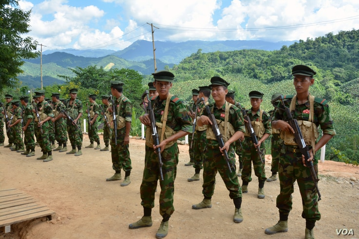 Kachin Independence Army cadets gather for drills at KIA Headquarters in Laiza, Myanmar, in October. (P. Vrieze/VOA)