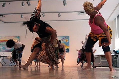 Offering classes brings West African dances to the whole community. (Courtesy Keur Khaleyi)