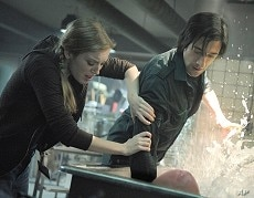"""SARAH POLLEY as Elsa Kast and ADRIEN BRODY as Clive Nicoli in Warner Bros. Pictures' and Dark Castle Entertainment's science fiction thriller """"SPLICE,"""" a Warner Bros. Pictures release."""