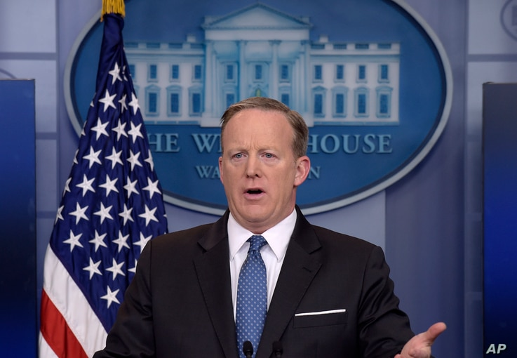 White House press secretary Sean Spicer addresses reporters during the daily briefing at the White House in Washington, April 3, 2017.