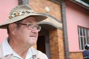 Some activists continue to assert that Free State farmers aren't allowing political activity on their farms.....something that local farmer Barend Reynecke denies