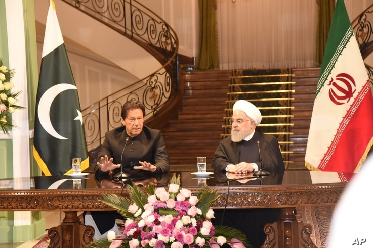 Iranian President Hasan Rouhani received Prime Minister Imran Khan at the Sa'adabad Place in Tehran, April 22, 2019. (courtesy photo)