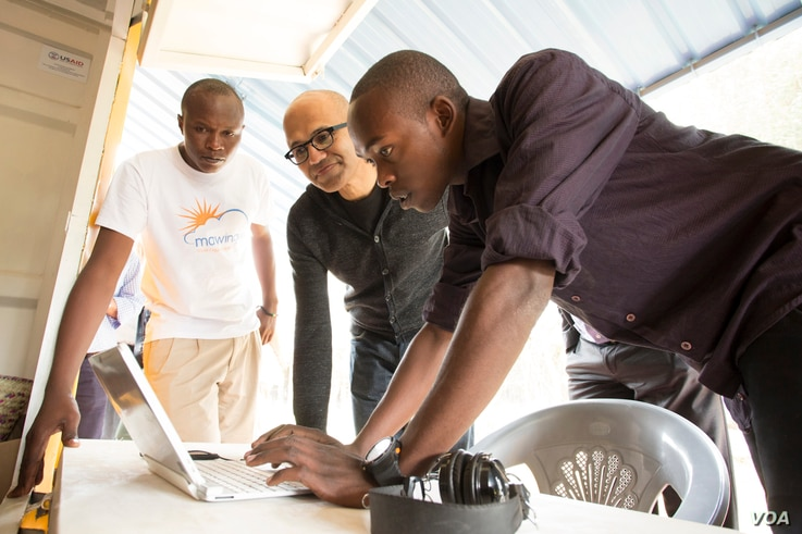 Satya Nadella CEO visiting Chris Baraka at Mawingu. (Courtesy Microsoft)
