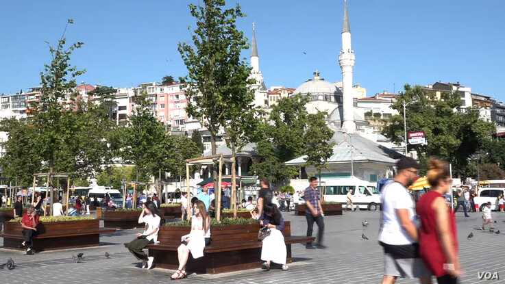 Istanbul's Uskudar district, a religiously conservative area and traditional stronghold of President Recep Tayyip Erdogan, narro