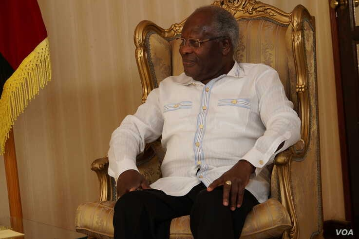 Malawi's Former President Bakili Muluzi offered to help quell the current political impasse but protest organisers have reject his call to suspend the demonstrations. (L. Masina for VOA)
