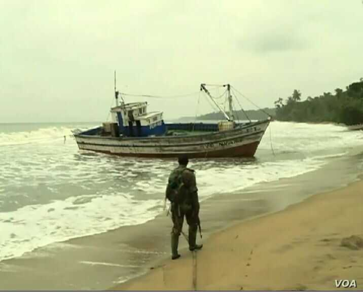 Vessel that transported the migrants is said to be from Ghana, Aug. 3, 2019, in Ebodje, Cameroon. ( Moki Kindzeka, VOA)